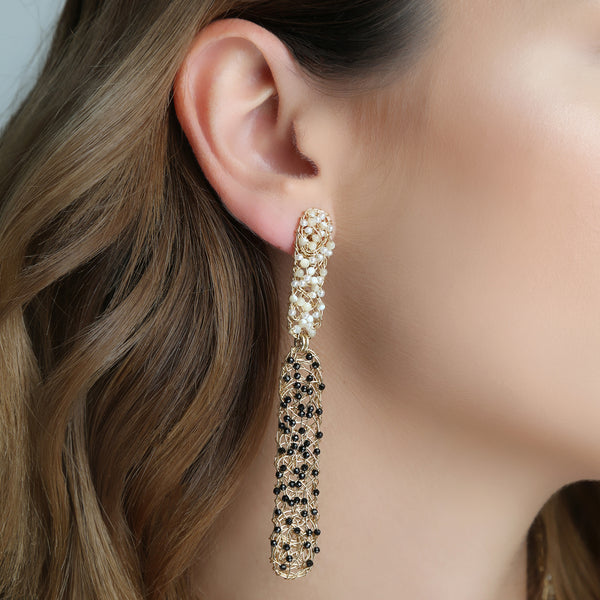 Rascacielo Black and Pearls Dangles  Earrings