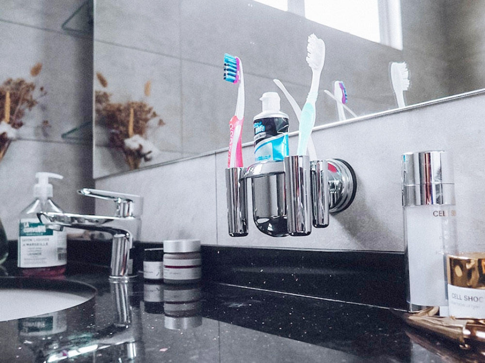N1 TOOTHBRUSH HOLDER