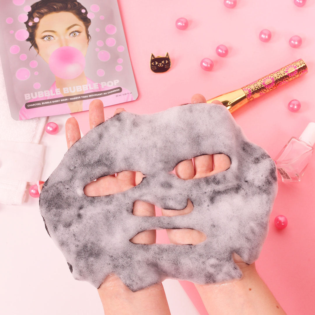 bubble_mask_flat_lay