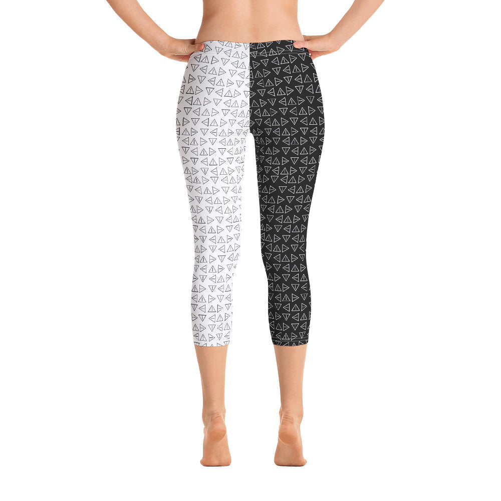 ONE INSPIRED - Capri Leggings