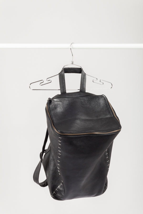 Quadrate  leather backpack - Natural Born Humans Store