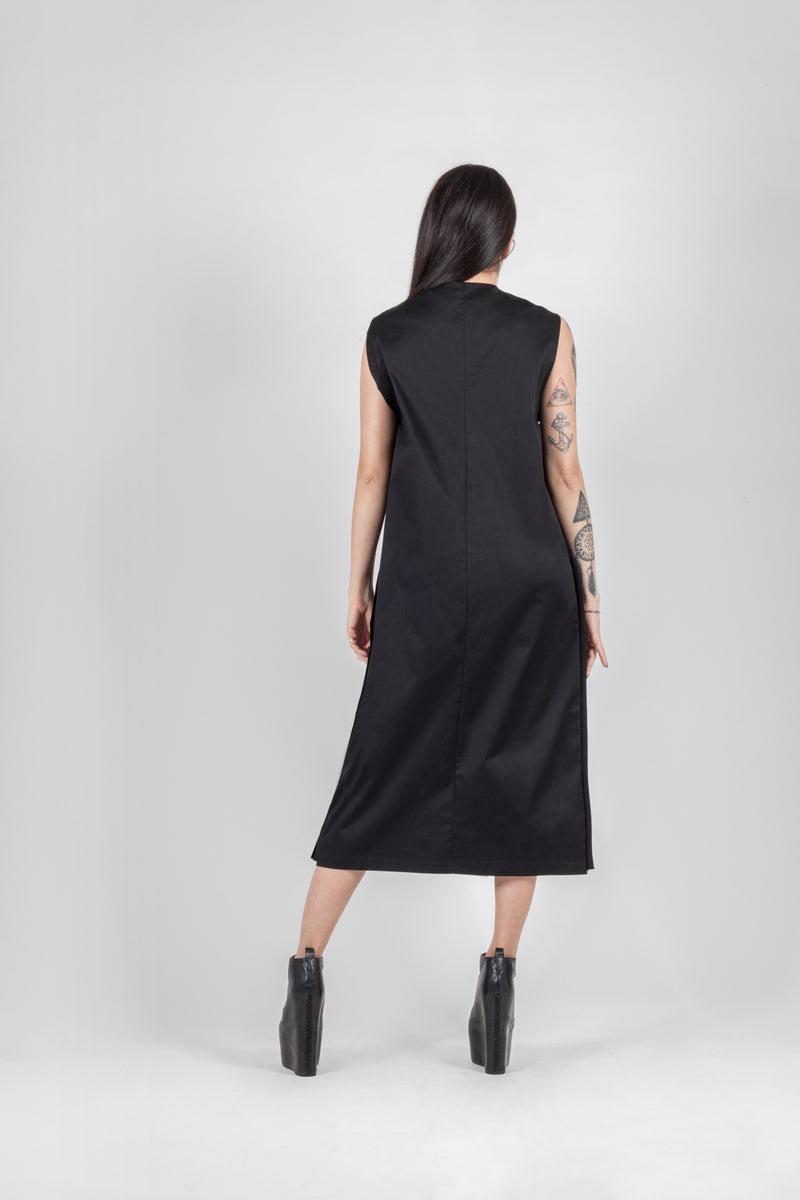Long bottons dress