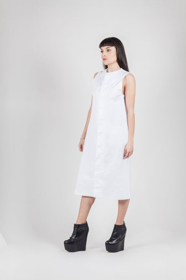 Long white bottons dress - Natural Born Humans Store