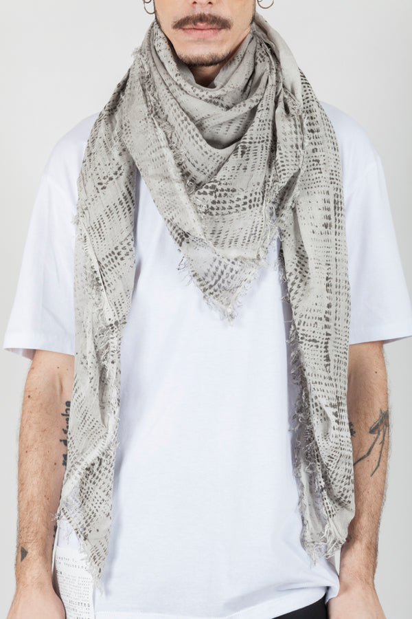 Grey spotted scarf