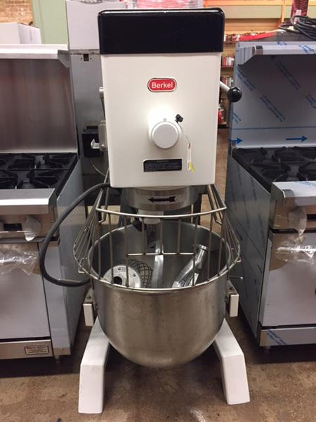 Berkel DD-60 60 QT Commercial Mixer W/ All 3 Attachments & Bowl Guard