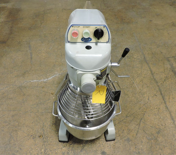 Globe SP20 Commercial 20 QT Planetary Bench Mixer with 1 Attachment