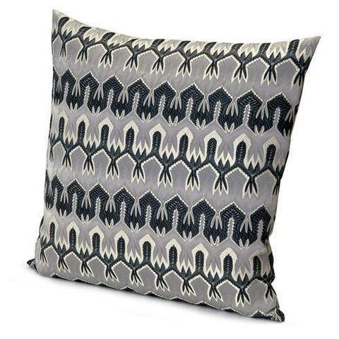 Ormond 601 cushion 24'' x 24''