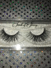 Load image into Gallery viewer, 2 FOR $20 MINK LASHES