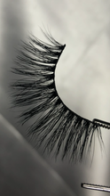 Load image into Gallery viewer, MINK LASHES - single pair