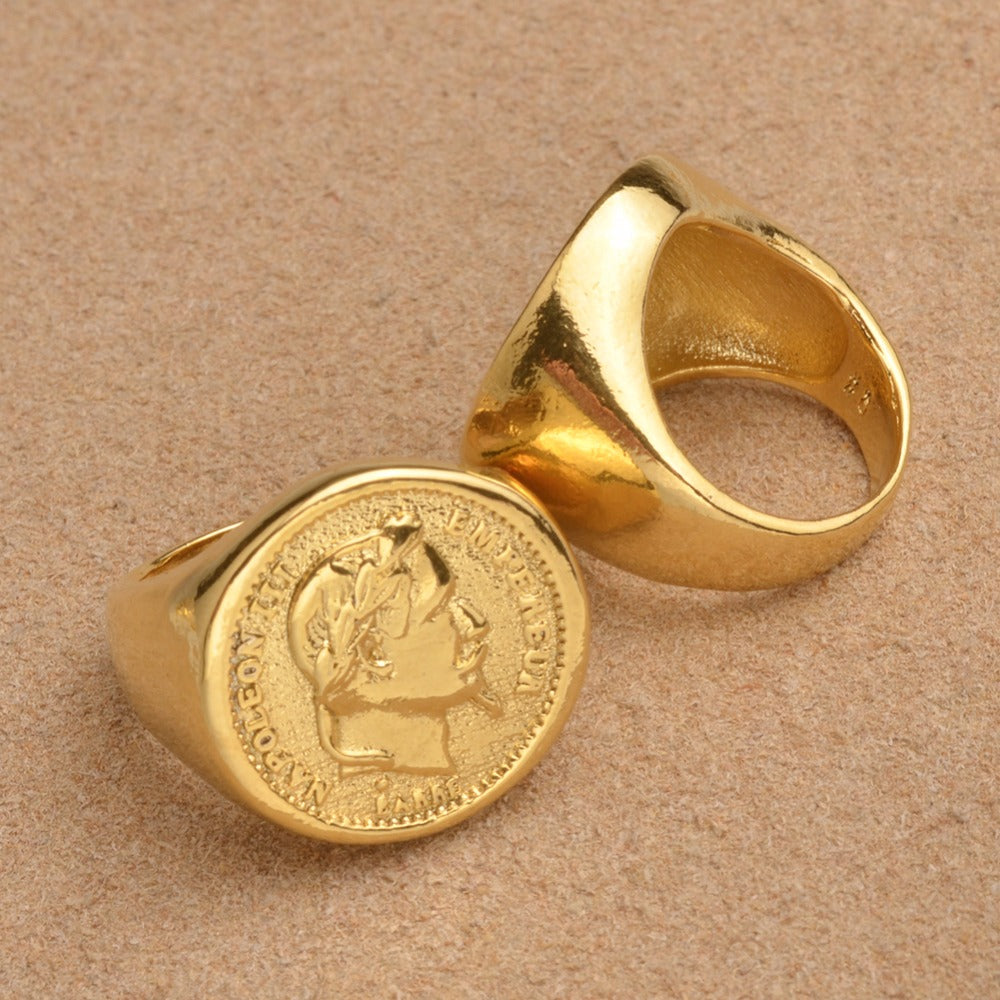 COIN RING - Lupethelabel