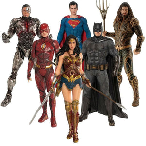ARTFX+ Justice League The Flash Action Figure Batman The Dark Knight Wonder Woman Superman Action Comics PVC Collection Model - DC Comics My