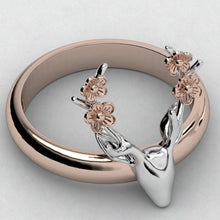 Load image into Gallery viewer, TIny Floral Deer Ring