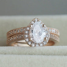 Load image into Gallery viewer, Rose Gold Classic Solitaire Ring Set