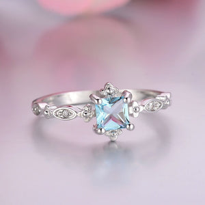 Trendy Blue Crystal Square Ring