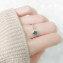 Load image into Gallery viewer, Luxury Statement Star Ring