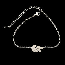 Load image into Gallery viewer, Leaf Charm Bracelet