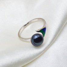 Load image into Gallery viewer, The Mermaid Tail Ring