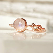 Load image into Gallery viewer, Cute Moonstone Ring