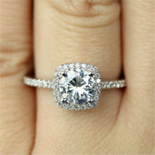 Load image into Gallery viewer, Zircon Wedding Ring