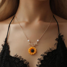Load image into Gallery viewer, The Sunflower Pendant Necklace