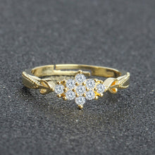 Load image into Gallery viewer, Cute snowflake Engagement ring