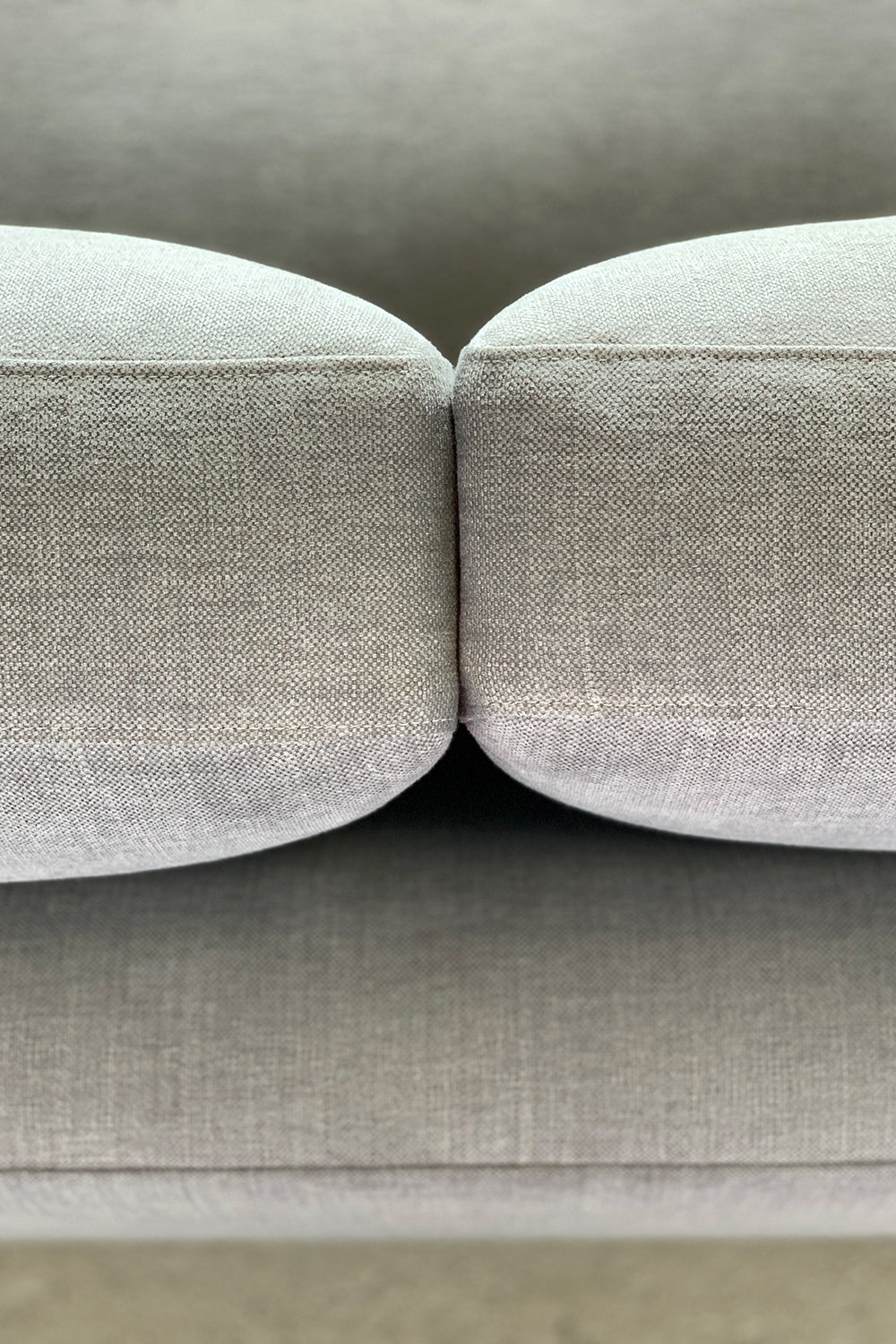 ffabb coasty extra sectional RHF close up of cushions