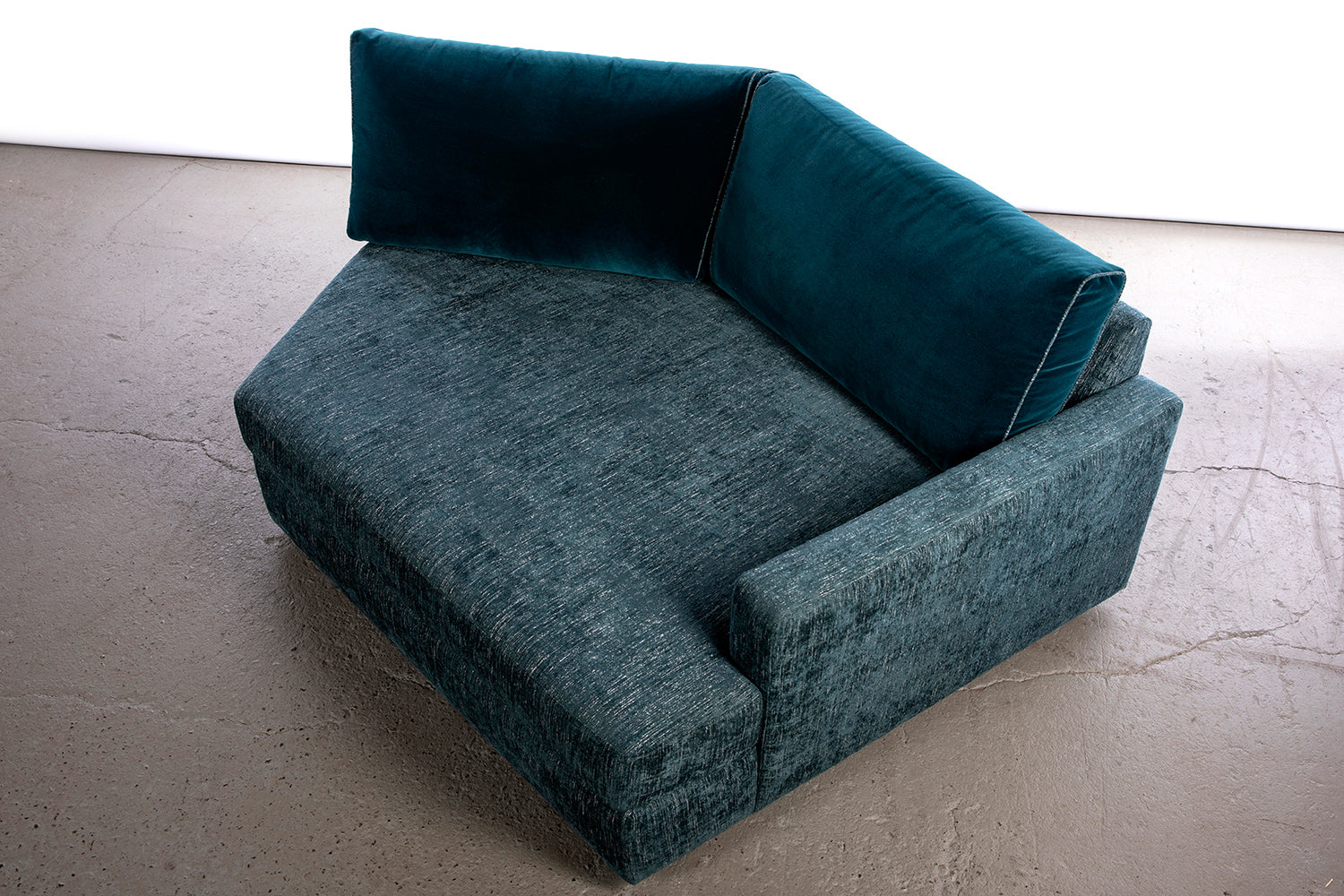 ffabb Coasty Slim Angler RHF modular sectional sofa in peacock mohair top view