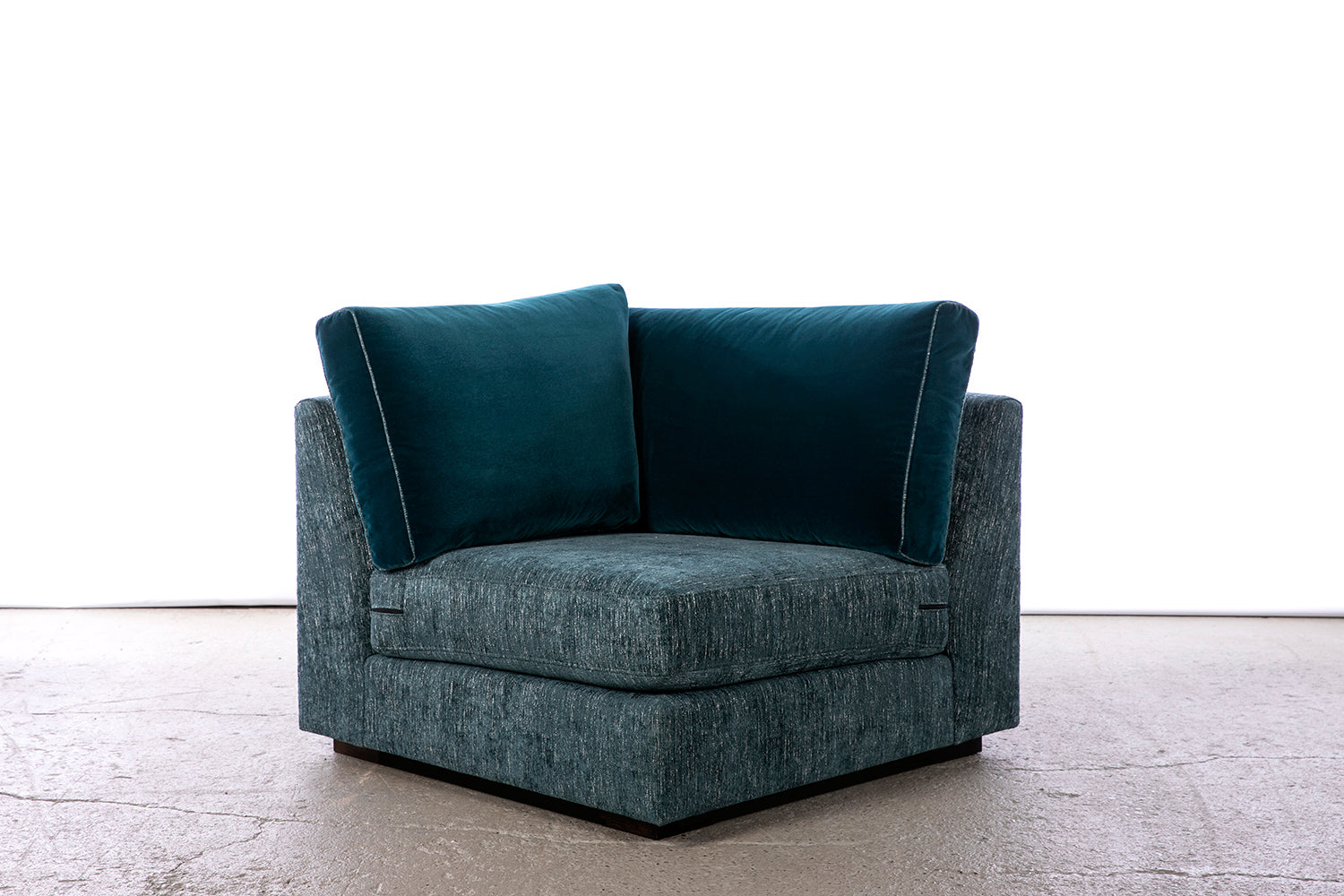 ffabb Coasty Slim corner chair modular Sectional sofa in peacock mohair/chenille