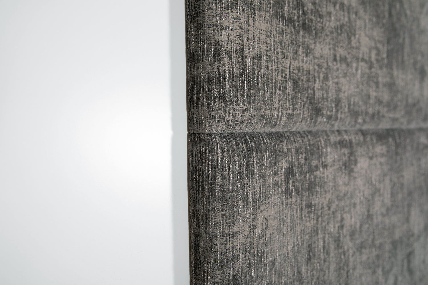 ffabb Hansem Horizontal Queen wall panel shown in fabric Chenille Driftwood