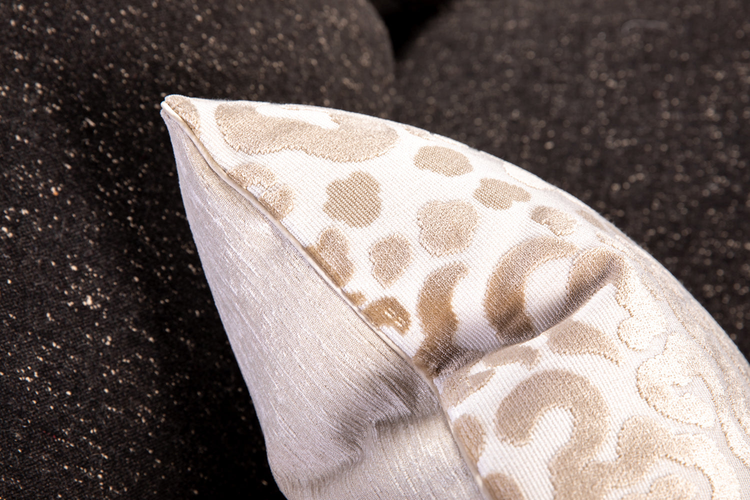 ffabb toss pillows, RADG & Maxwell fabrics, animal print with piping trim
