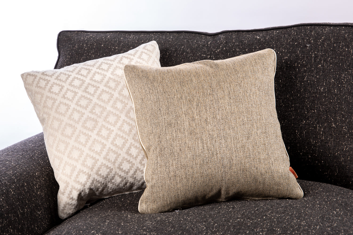 ffabb, Maxwell fabrics & Robert Allen Design fabric Toss Pillow Set , velvet , mohair, diamond pattern