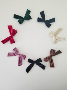 SET OF 7 Oversized Velvet Clip Bow