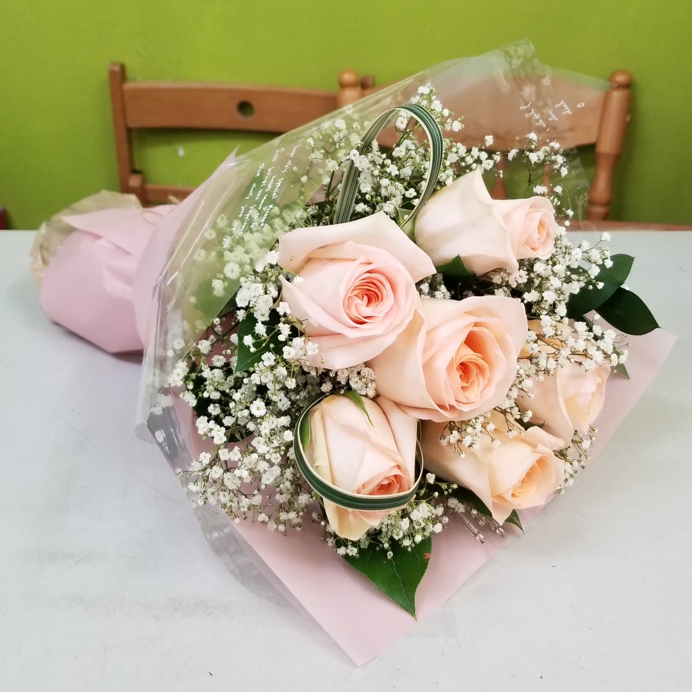 HC-098 Champagne rose bouquet