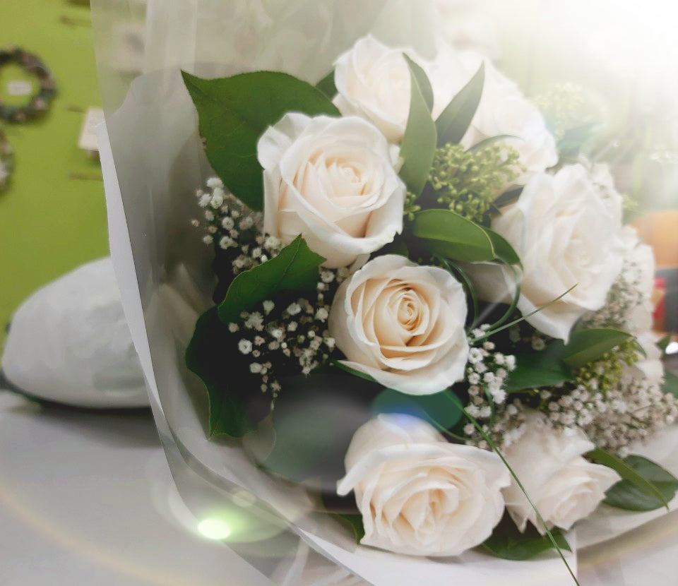 HC-132 Cream Rose Bouquet