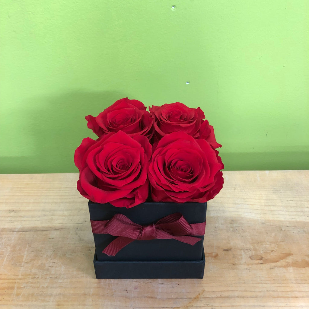 HD-28 4 Preserved Rose Box