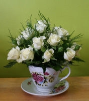 HC-047 White rose in a cup