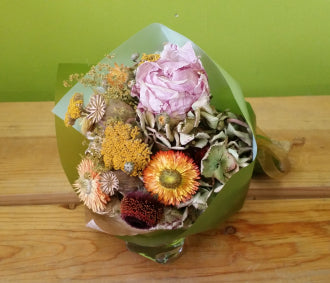 HD-06 Small Dried flower bouquet