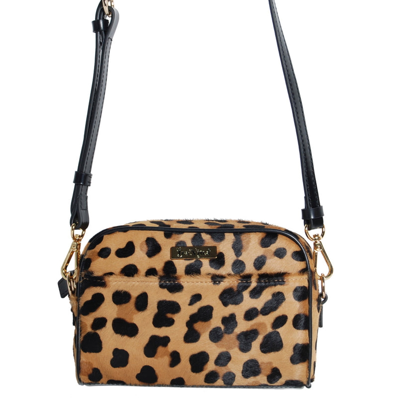 products/B_L42_626_19_A_Chocolate_Brown_76_front_LEOPARD_BELT_BAG.jpg
