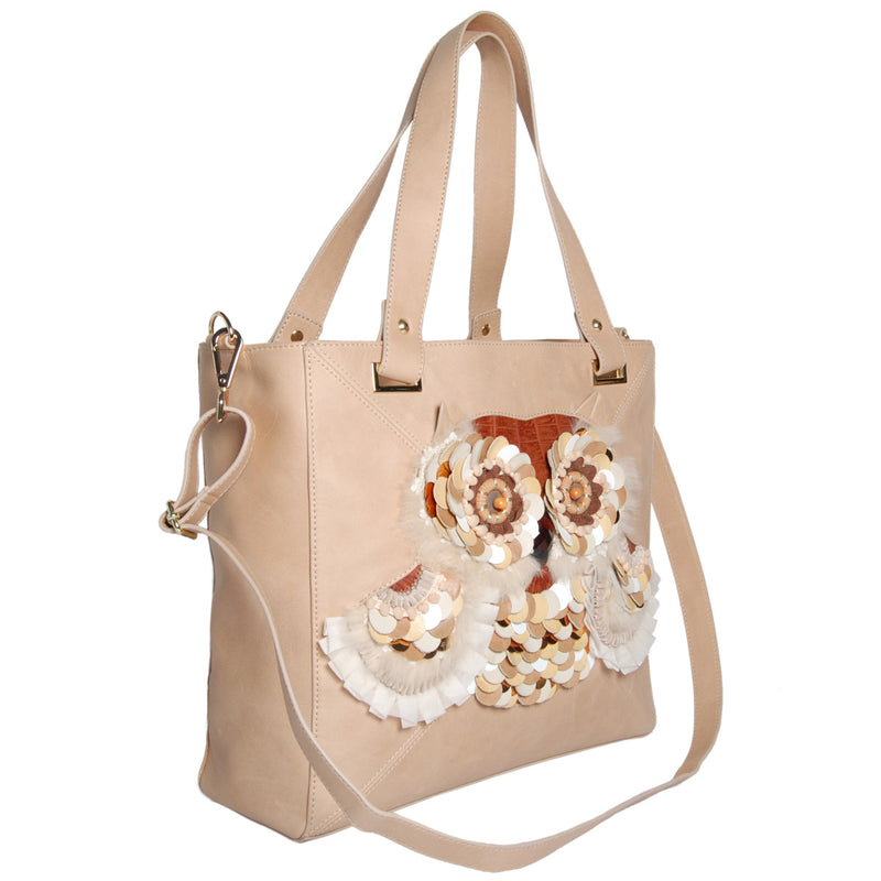 products/B_L42_91078_B__BEIGE_18_side_OWL_APPLIQUE_TOTE_BAG.jpg