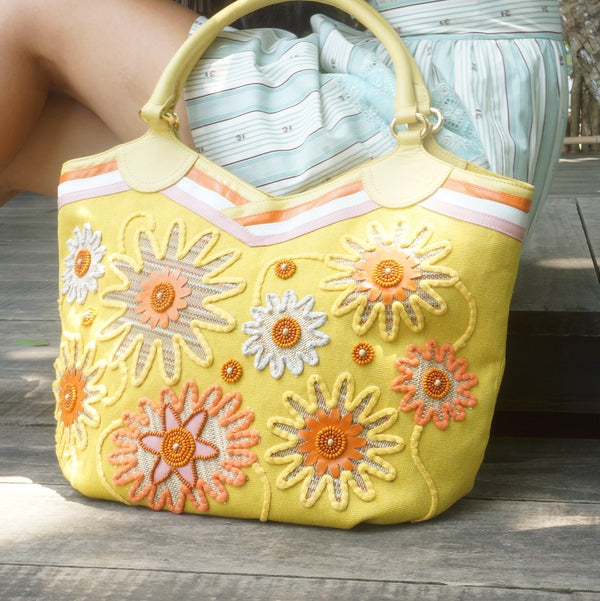 Embellished Beach Buckets: Odorata
