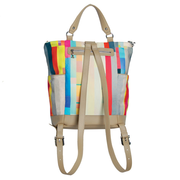Back Pack: Causal and Colourful