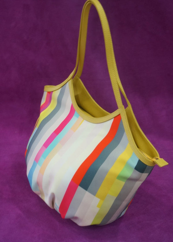 Summer Totes :Rainbow Bucket