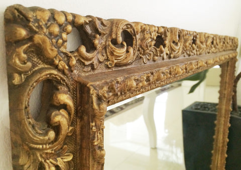 Antique Ornate Gold Wall Hanging Mirror | eXibit collection