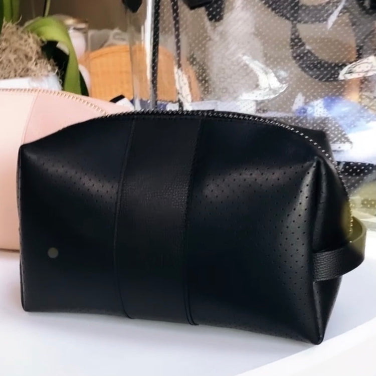 24/7 Bag - black leather / gunmetal zipper
