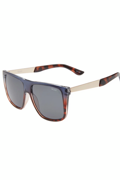 Quay Incognito Sunglasses in Navy/Tort