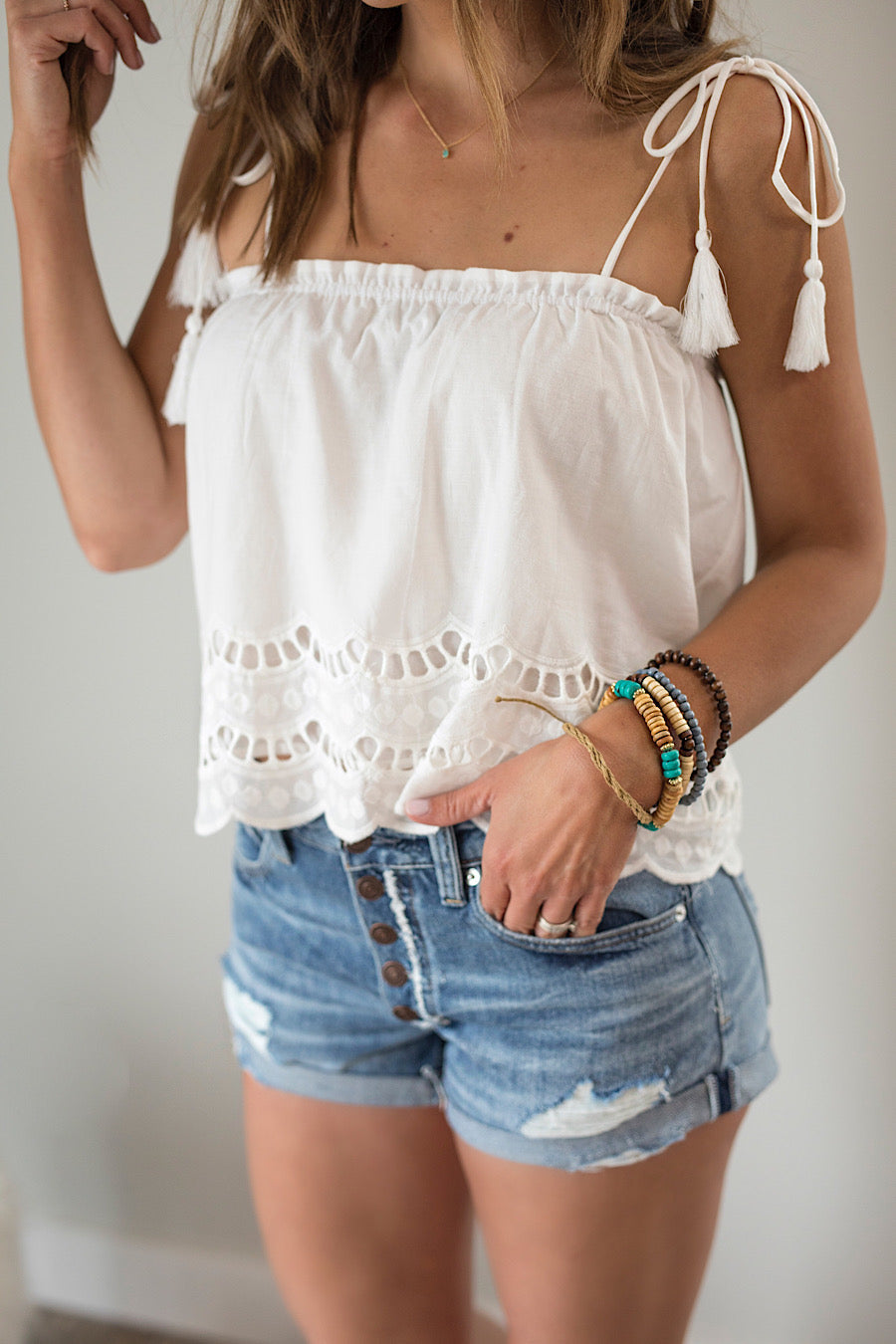 Scalloped Eyelet Cami Tank Top