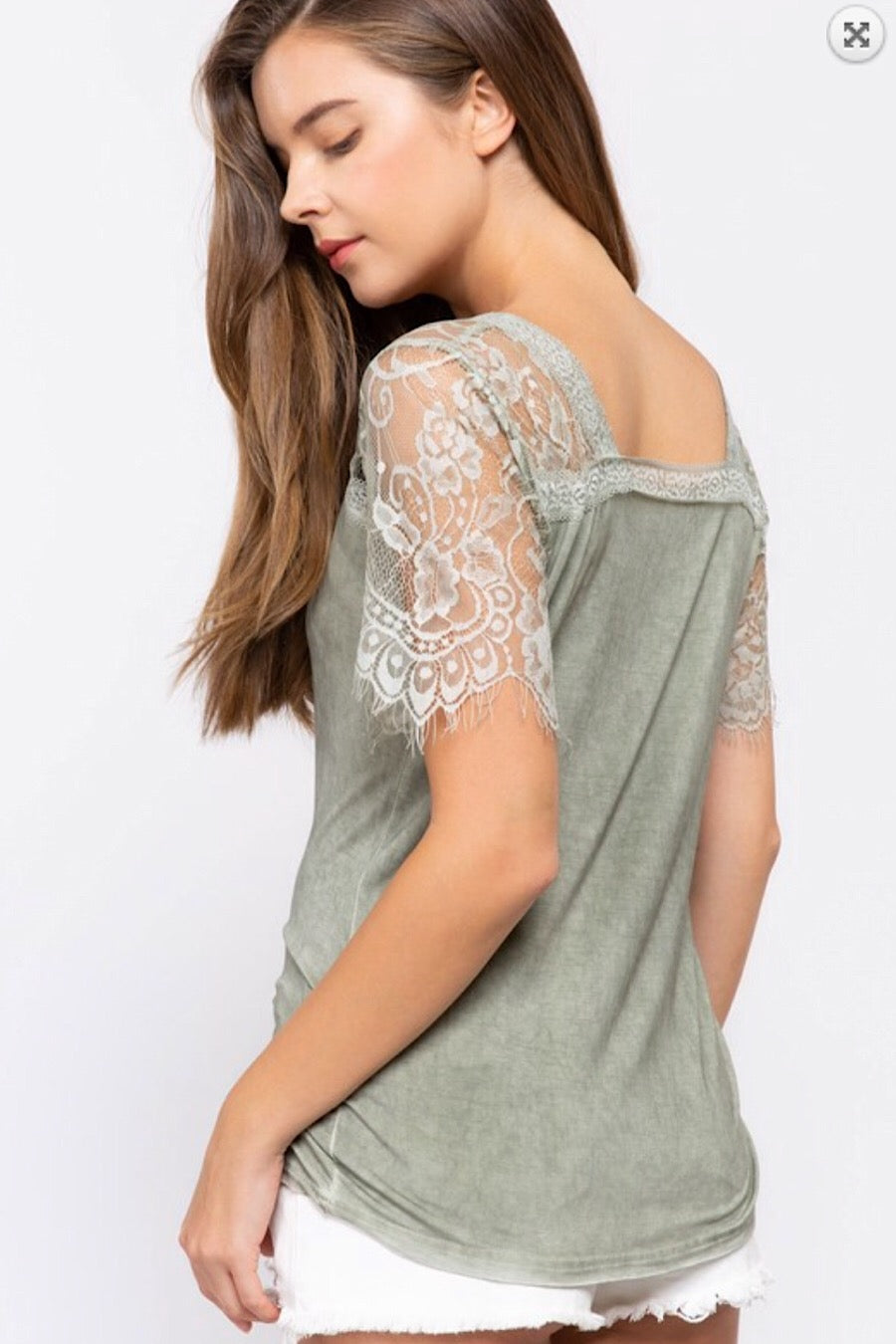 Lace Sleeve Tee in Dried Herb