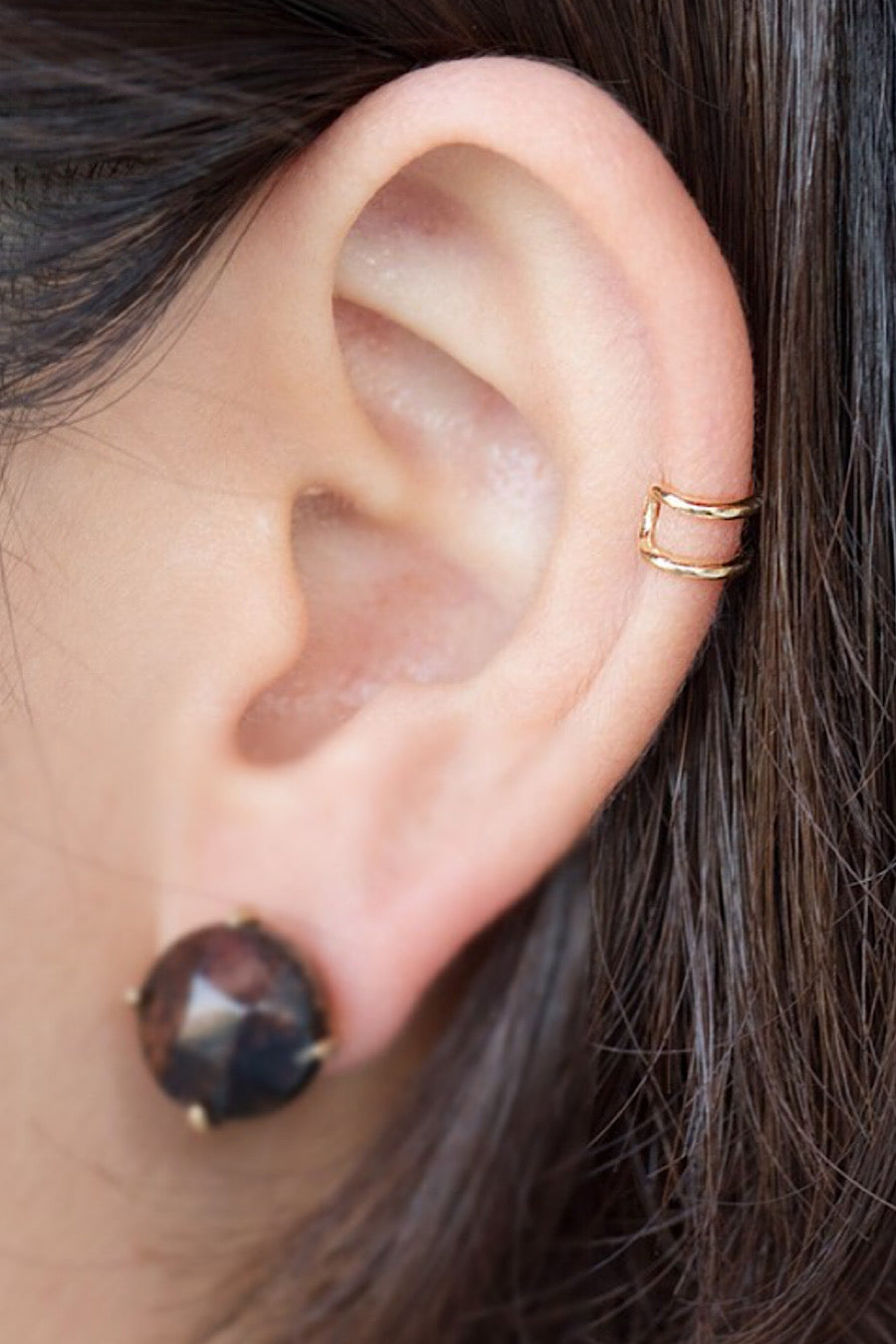 Dainty Ear Cuff in Gold.