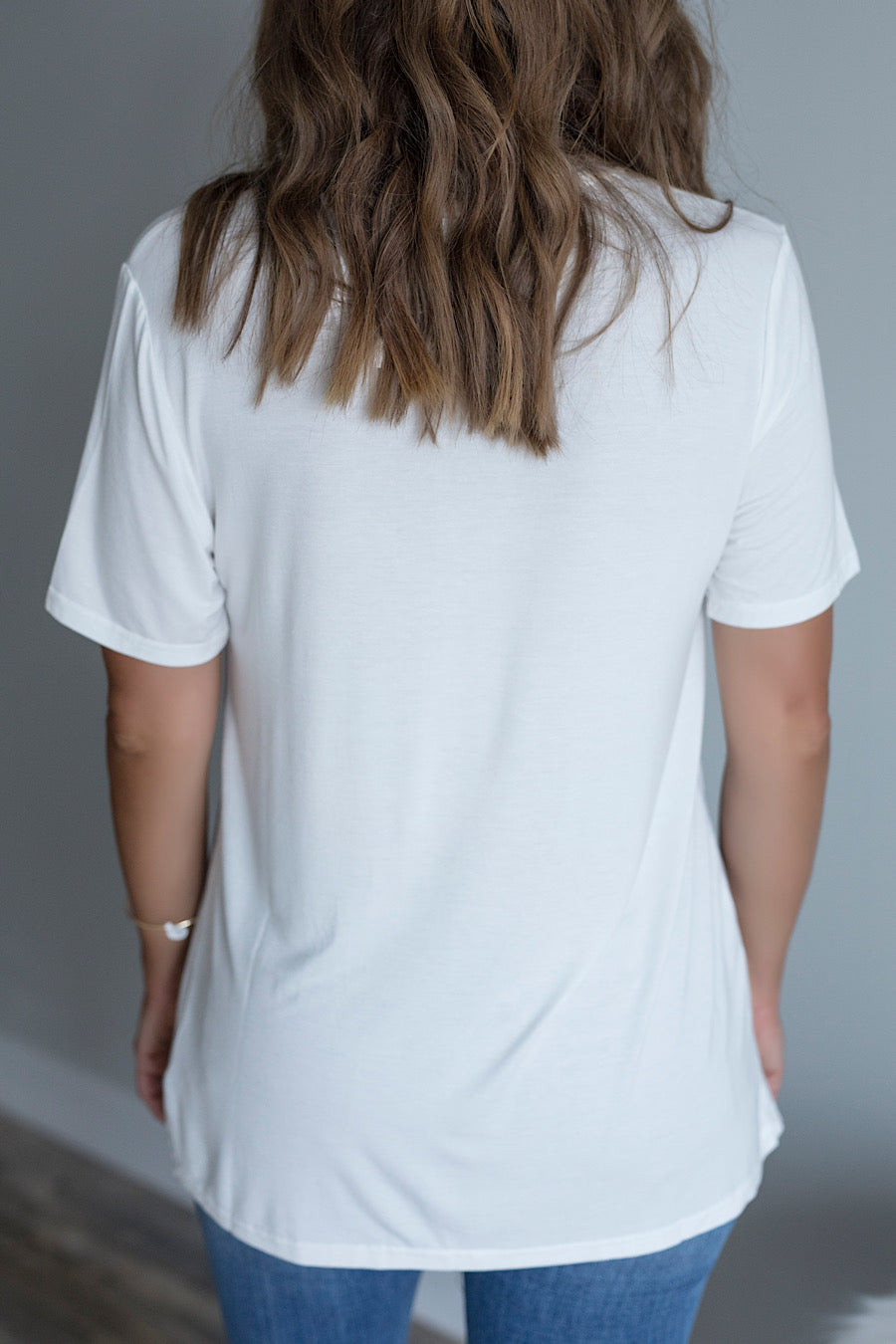 Embroidered Pocket V-Neck Tee