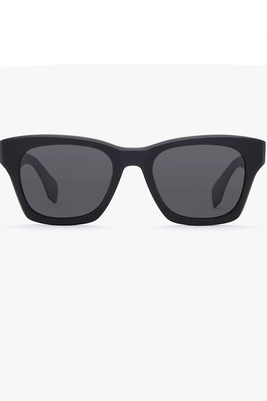 DIFF Eyewear Dean Sunglasses in Black/Grey